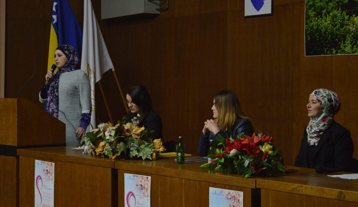 """Dr.Šuško na tribini """"Žena kroz svetu Riječ i povijest"""""""