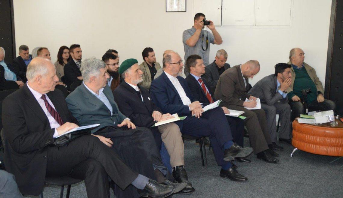 """Saradnici Instituta na okruglom stolu """"Vakufi na području Jajca"""""""